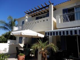 Image No.2-Maison de ville de 2 chambres à vendre à Peyia