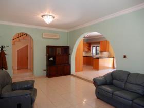 Image No.5-Maison / Villa de 3 chambres à vendre à Peyia