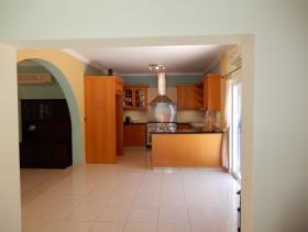 Image No.10-Maison / Villa de 3 chambres à vendre à Peyia