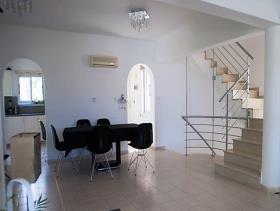 Image No.7-Maison / Villa de 4 chambres à vendre à Konia