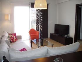 Emba, Apartment