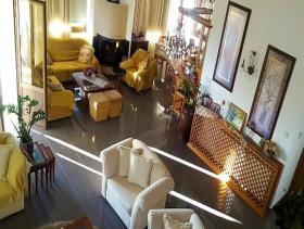 Image No.2-Maison / Villa de 7 chambres à vendre à Empa