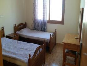 Image No.8-Commercial de 14 chambres à vendre à Kissonerga