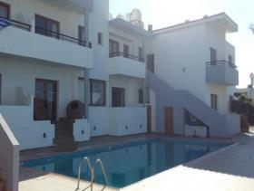Image No.14-Commercial de 14 chambres à vendre à Kissonerga