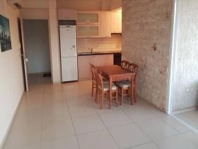 Image No.0-Appartement de 1 chambre à vendre à Mesa Geitonia