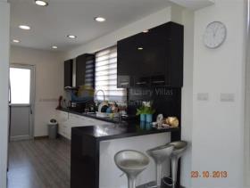 Image No.1-Villa de 3 chambres à vendre à Mesogi