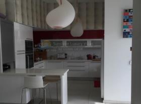 Image No.2-Appartement de 3 chambres à vendre à Agios Athanasios