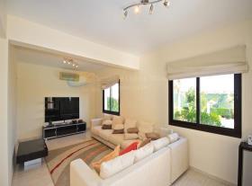 Image No.6-Maison / Villa de 4 chambres à vendre à Kouklia