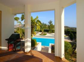 Image No.12-Maison / Villa de 4 chambres à vendre à Kouklia
