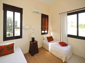 Image No.15-Maison / Villa de 4 chambres à vendre à Kouklia