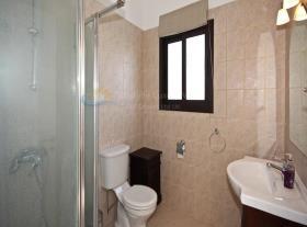 Image No.18-Maison / Villa de 4 chambres à vendre à Kouklia