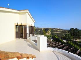 Image No.22-Maison / Villa de 4 chambres à vendre à Kouklia