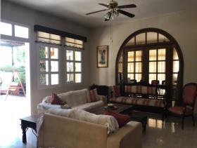 Image No.1-Villa / Détaché de 4 chambres à vendre à Kato Polemidia