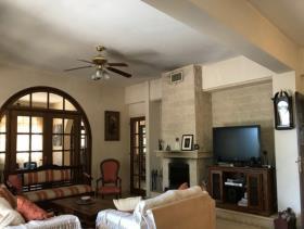 Image No.2-Villa / Détaché de 4 chambres à vendre à Kato Polemidia