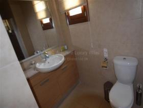 Image No.3-Appartement de 2 chambres à vendre à Kouklia