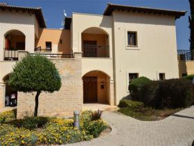 Image No.0-Appartement de 2 chambres à vendre à Kouklia