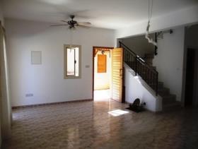 Image No.3-Maison de ville de 2 chambres à vendre à Tala