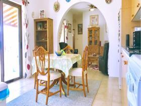 Image No.3-Bungalow de 2 chambres à vendre à kallepia