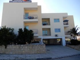 Image No.1-Commercial de 12 chambres à vendre à Paphos