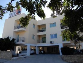Image No.0-Commercial de 12 chambres à vendre à Paphos