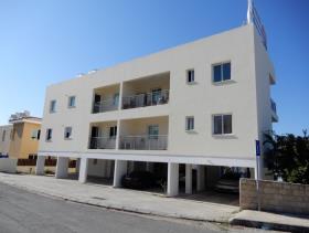 Image No.2-Commercial de 12 chambres à vendre à Paphos