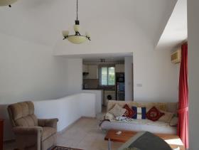 Image No.3-Maison de ville de 2 chambres à vendre à Kissonerga