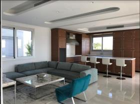 Image No.7-Villa de 4 chambres à vendre à Mouttagiaka