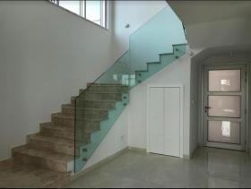 Image No.8-Villa de 4 chambres à vendre à Mouttagiaka