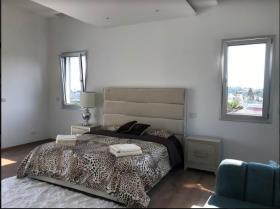 Image No.12-Villa de 4 chambres à vendre à Mouttagiaka