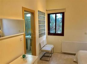 Image No.3-Bungalow de 4 chambres à vendre à Limassol