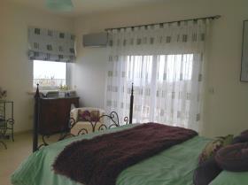Image No.8-Villa de 6 chambres à vendre à Akourdaleia