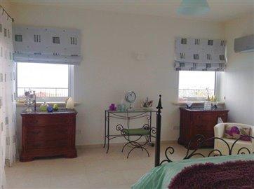 an-impressive-five-bedroom-villa-for-sale-at-akoursos_full_8