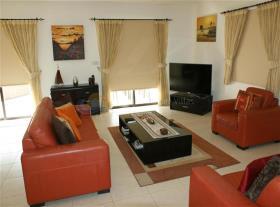 Image No.5-Maison / Villa de 3 chambres à vendre à Kouklia