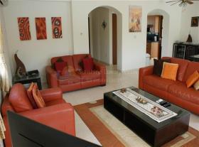 Image No.6-Maison / Villa de 3 chambres à vendre à Kouklia