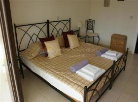 Image No.12-Maison / Villa de 3 chambres à vendre à Kouklia