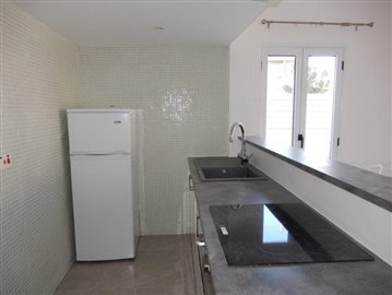 a-modern-block-of-town-houses-is-for-sale-in-coral-bay_full_7