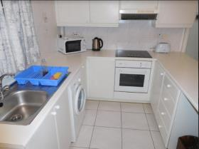 Image No.5-Appartement de 2 chambres à vendre à Mouttagiaka