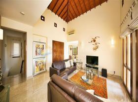 Image No.5-Manoir de 4 chambres à vendre à Aphrodite Hills