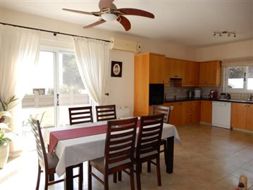 22829-detached-villa-for-sale-in-stroumbi_orig