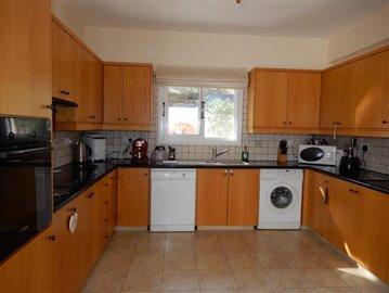 22831-detached-villa-for-sale-in-stroumbi_orig
