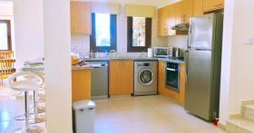 Image No.1-Villa de 4 chambres à vendre à Peyia