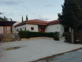 Image No.5-Maison de 5 chambres à vendre à Parekklisia