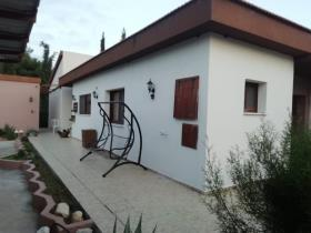 Image No.6-Maison de 5 chambres à vendre à Parekklisia