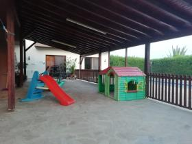 Image No.8-Maison de 5 chambres à vendre à Parekklisia