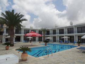 Image No.0-Un hôtel de 28 chambres à vendre à Paphos
