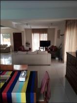 Image No.2-Maison de 4 chambres à vendre à Mouttagiaka