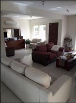 Image No.3-Maison de 4 chambres à vendre à Mouttagiaka