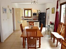 Image No.3-Villa / Détaché de 3 chambres à vendre à Kouklia