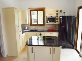 Image No.4-Villa / Détaché de 3 chambres à vendre à Kouklia