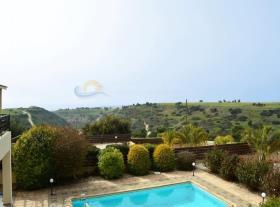 Image No.0-Villa / Détaché de 3 chambres à vendre à Kouklia
